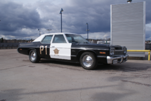 Cotec teippaus poliisiauto